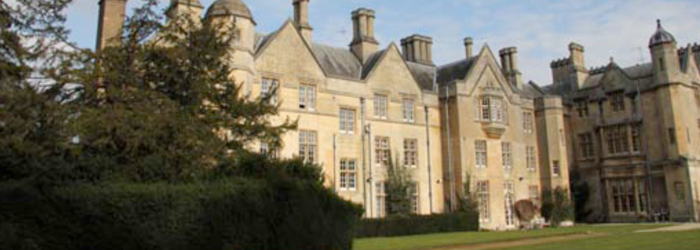 dumbleton-hall